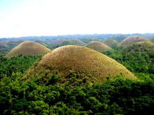 motorcycle tour to chocolate hills