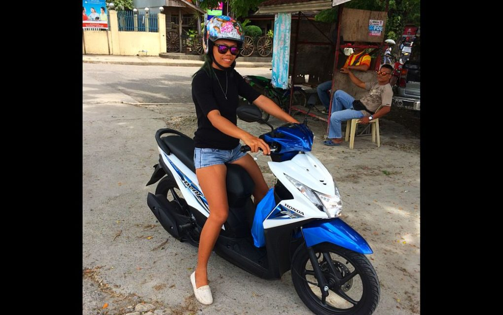 Honda beat 110 cc fully automatic scooter for rent in bohol